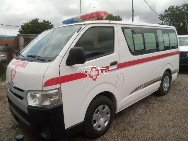 2014 Toyota Hiace White
