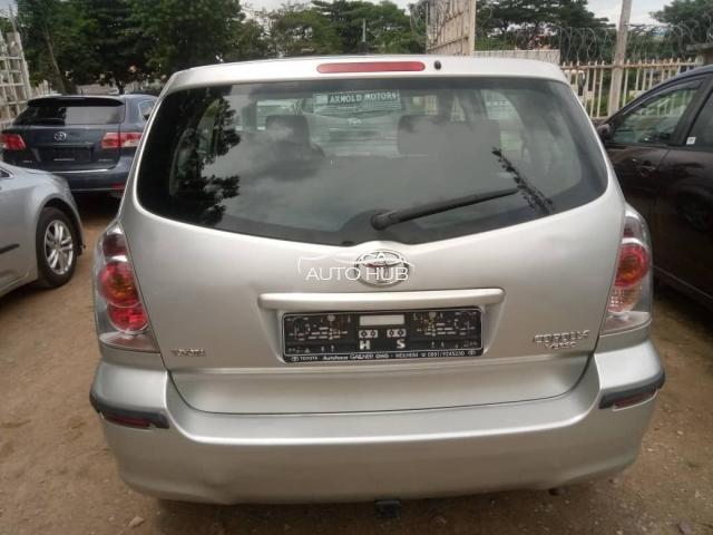 2010 Toyota Verso Silver