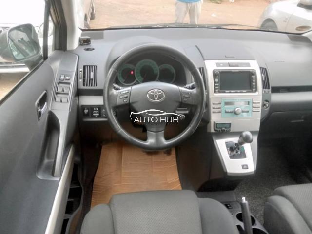 2010 Toyota Verso Corolla Grey