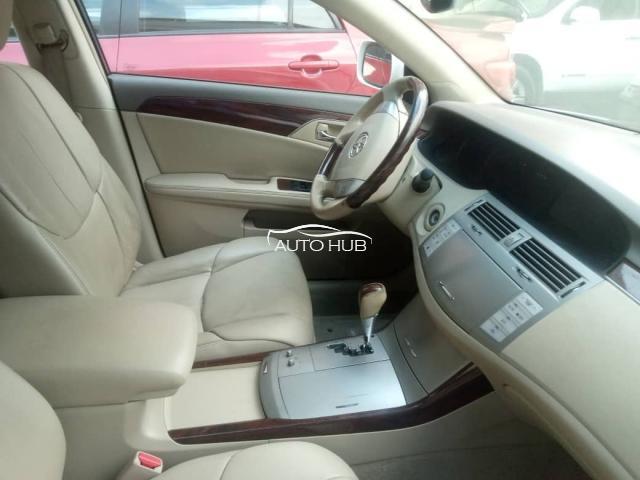 2009 Toyota Avalon White