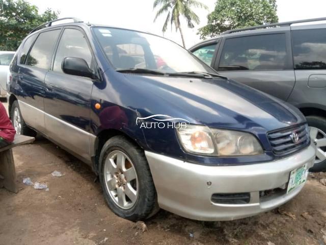 1999 Toyota Picnic Blue