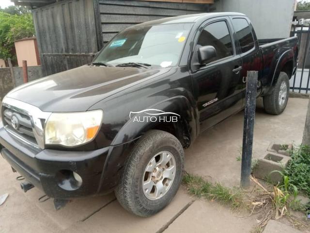 2010 Toyota Tacoma Black