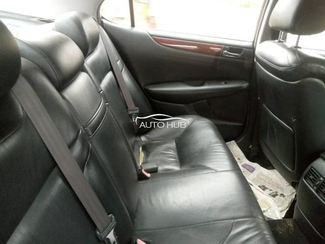 2006 Lexus ES-300  Black