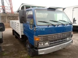 1995 Toyota Dyna Blue