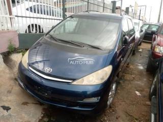 2003 Toyota Previa Blue