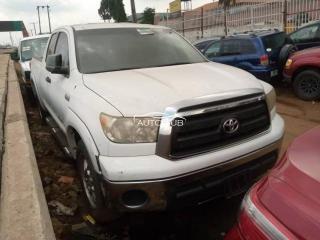 2010 Toyota Tundra White