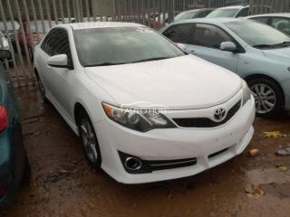 2013 Toyota Camry Sport White