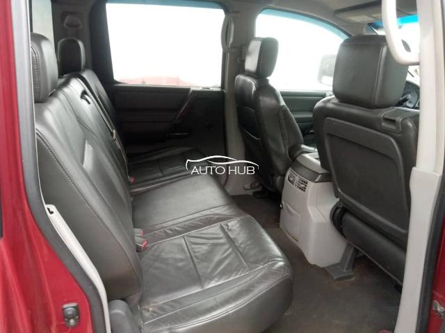 2005 Nissan Frontier Red