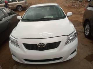 2010 Toyota Yaris White