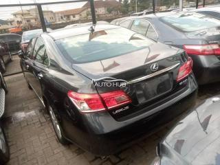 2009 Lexus ES-350 Black