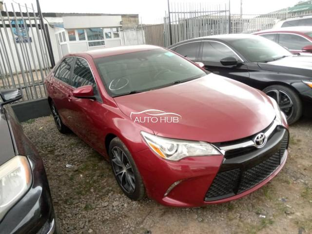 2015 Toyota Camry Sport Red