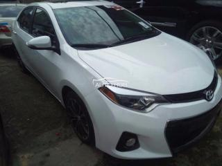 2016 Toyota Corolla sports