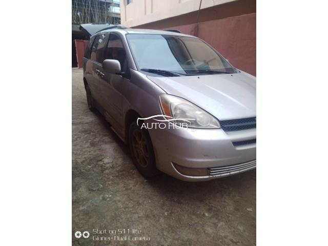Foreign used 2005 sienna xle