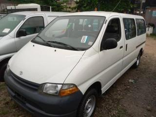2001 Toyota Hiace Silver
