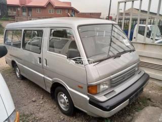 1999 Mazda E2000 Silver