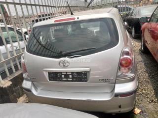 2006 Toyota Corolla Verso Silver