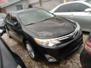 2014 Toyota Camry XLE Black
