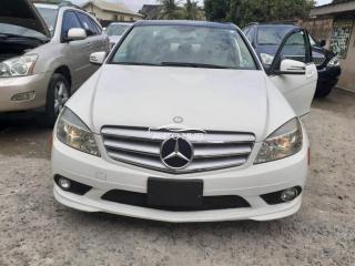 2010 Mercedes Bens C300 White